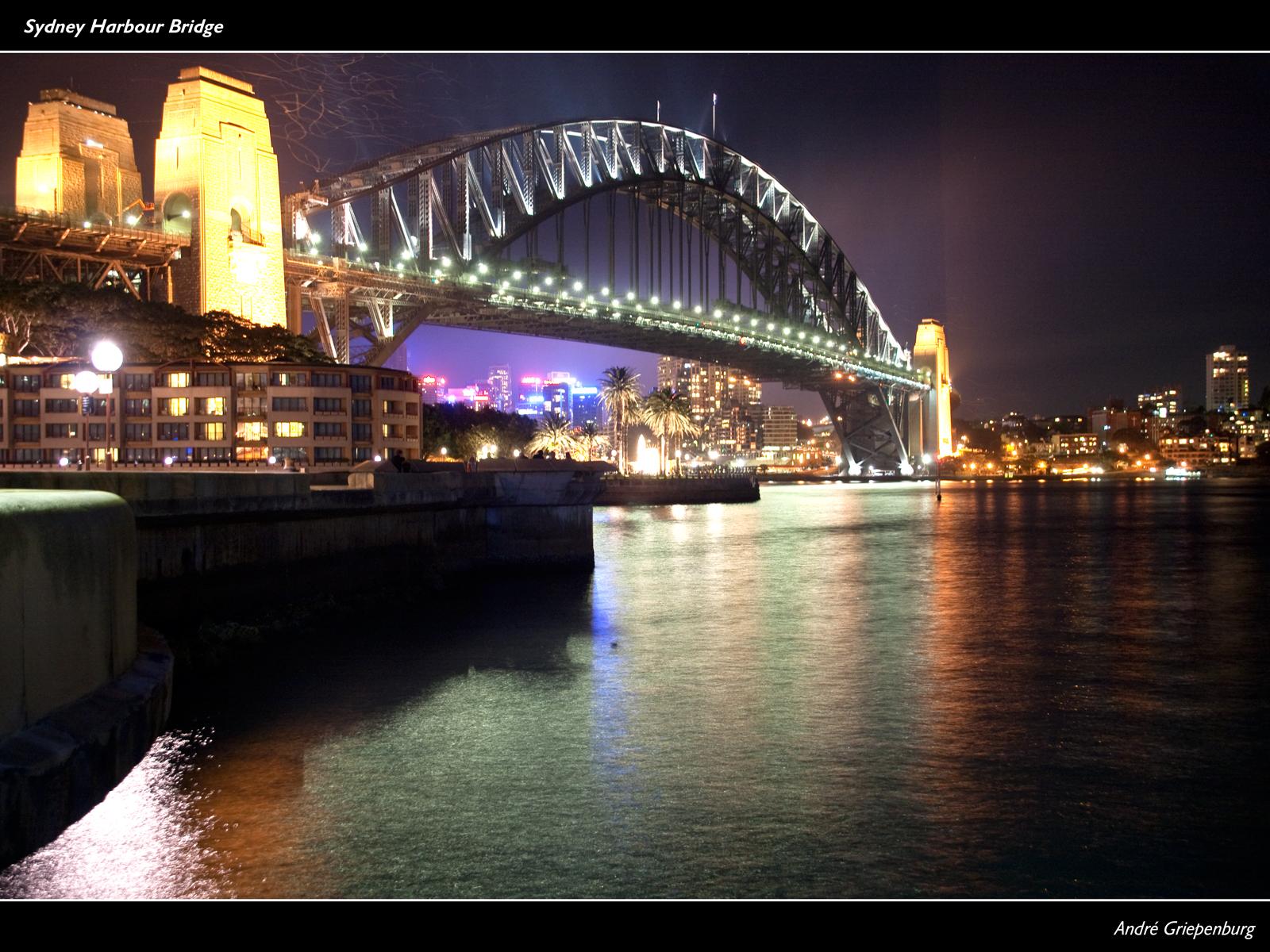 Sydney Harbour Bridge - Wallpaper